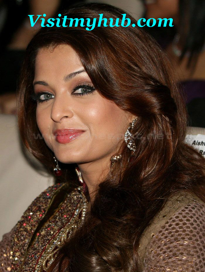 Wallpapers Of Aishwarya Rai Latest. Aishwarya rai latest hd